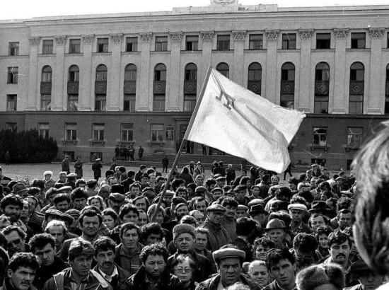 """""""Кримські татари - це народ, що тяжіє до демократії..."""""""