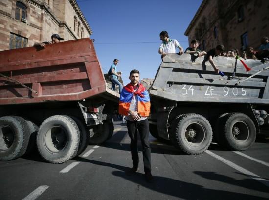 Вірменія: лімбо навколо посади прем'єра