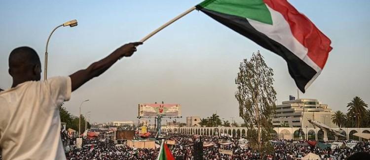 Що може втратити Росія в Судані після нещодавнього краху режиму аль-Башира?