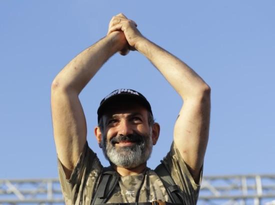 Мітинг у Вірменії: чи оберуть Пашиняна на посаду прем'єра