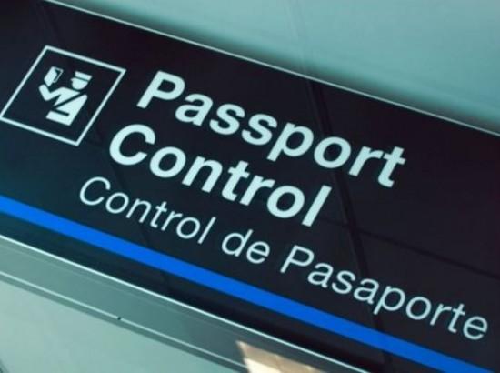 В'їзд за біометричними паспортами: точно для росіян, можливо, для білорусів