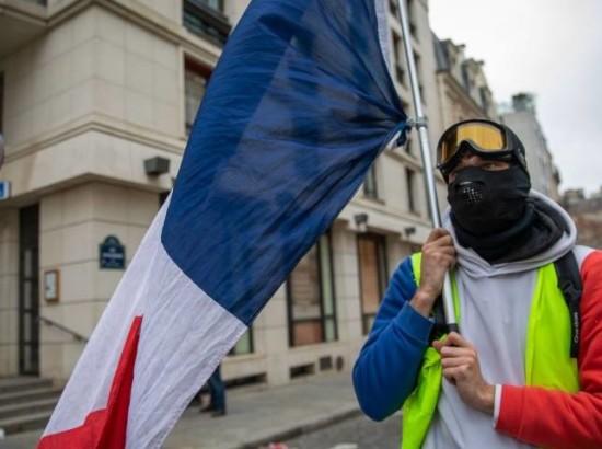 Громадські протести у Франції як виклик ліберальному порядку