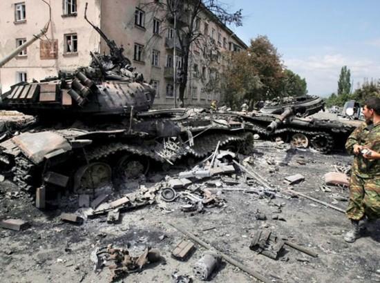 Можно ли чиновникам ездить к террористам на Донбасс